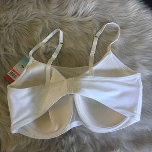 87bb590afa SPANX Intimates   Sleepwear - Spanx Cami Bra Size 42D White NWT